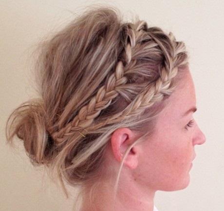 blonde-hairstyles-blonde-bun-with-two-braids