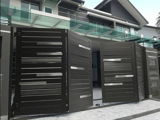 Folding Gate Design