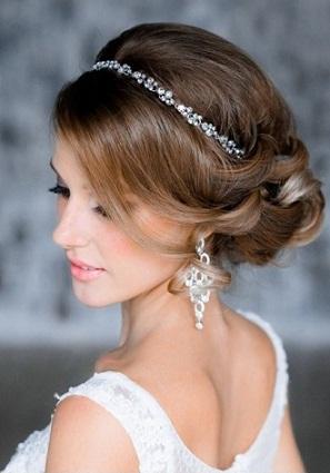 Bridesmaid Hairstyles 15