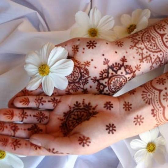 Floral Pakistani Mehandi Designs