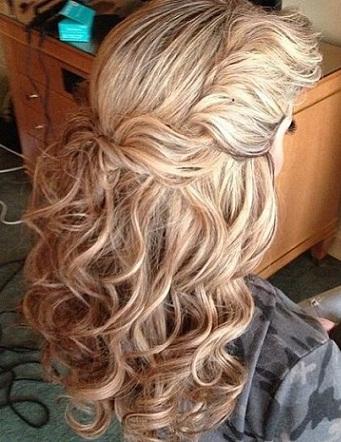 Half Twist Hairstyles for Wavy Hair