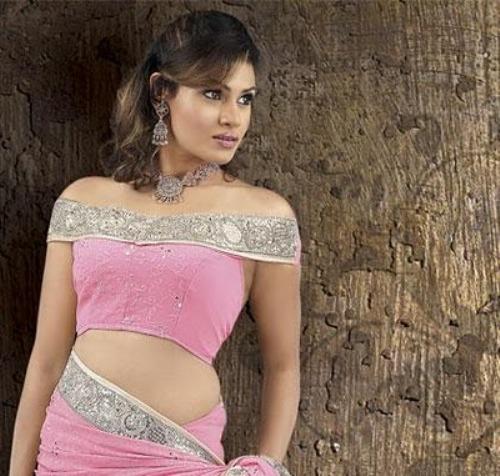 Saree Blouse Designs-Off Shoulder Blouse 2