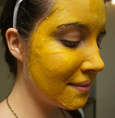turmeric facepack for oily skin