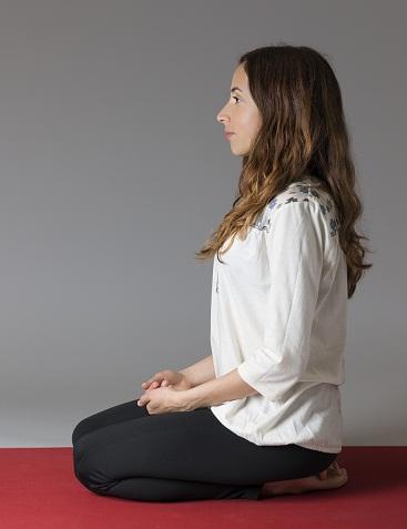 Hero Pose in Yoga - Virasana Yoga Pose and Benefits