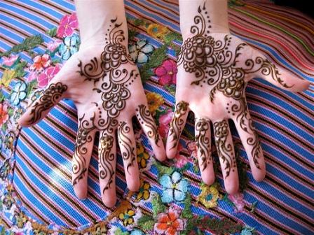 Mehndi Design for Teenage Girls