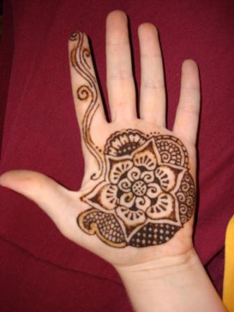 Simple Mehndi Design for Beginners