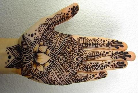 Lotus Mehndi Designs for Hands