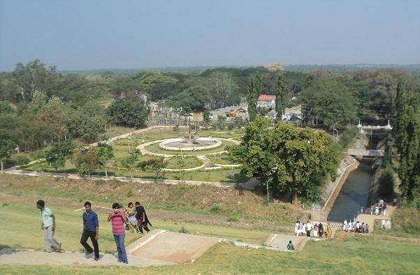 parks-in-coimbatore-aliyar-dam-reservoir-park