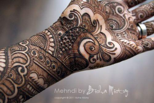 Bisha Mistry's mehndi designs3
