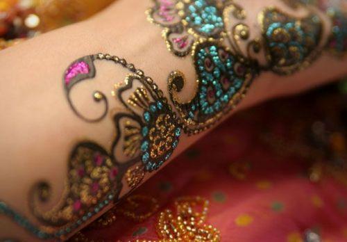 Bisha Mistry's mehndi designs5