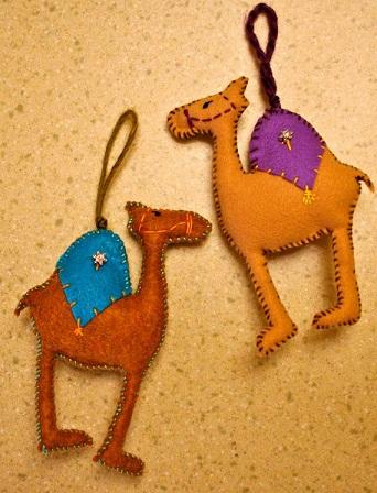 Door Hanging Camel Crafts