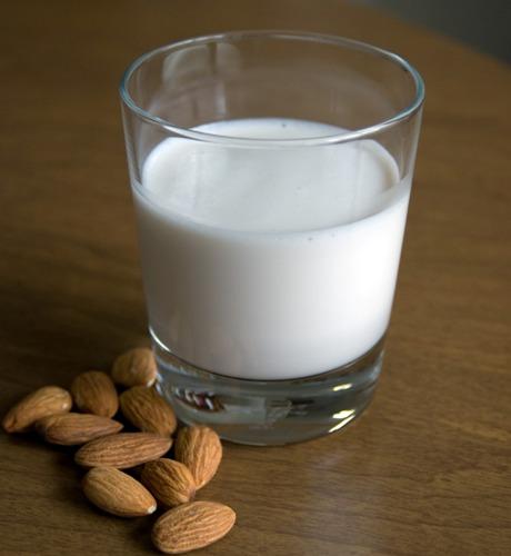 Almond benefits 8