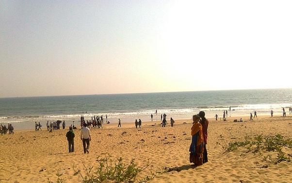 beaches-in-odisha_baliharachandi-beach
