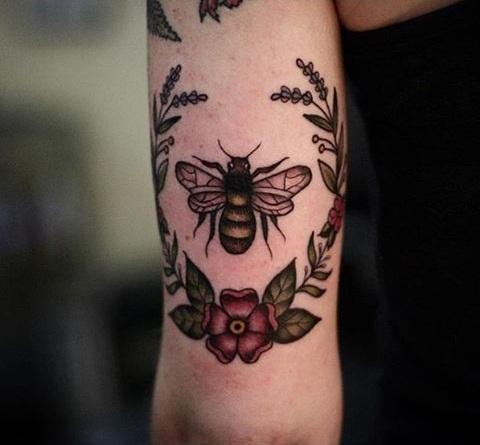 bee tattoo designs