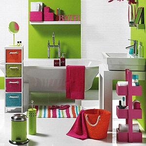 Colourful displays in bathroom
