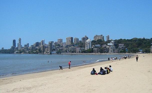 beaches-in-mumbai_chowpatty-beach