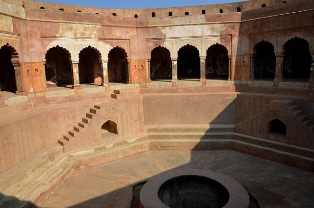 farrukh-nagar-fort_haryana-tourist-places