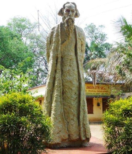 Honeymoon Places in West Bengal Santiniketan
