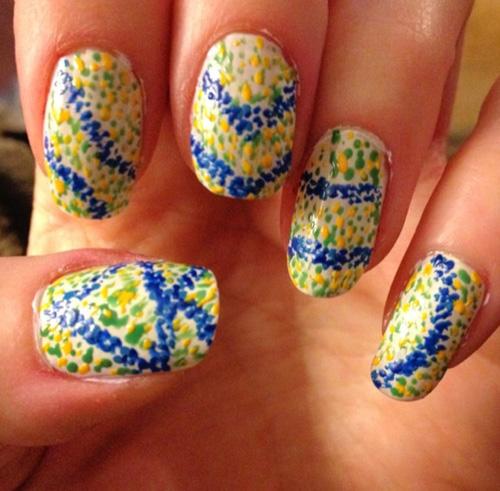Splatter nails art in mosaic