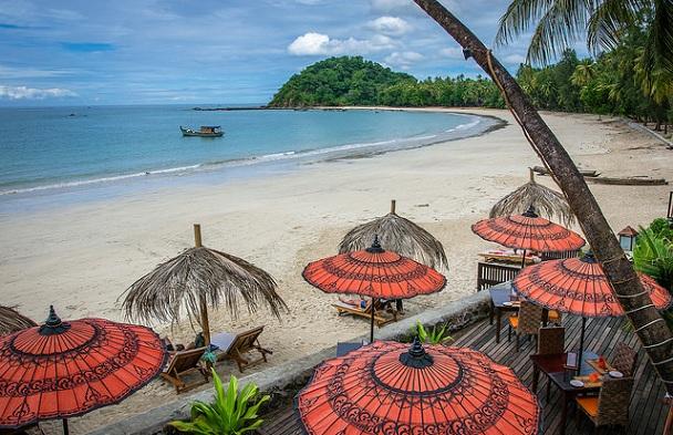 ngapali-beach_myanmar-tourist-places
