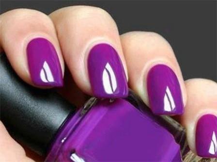 Magnificent Purple Nail Paint Design