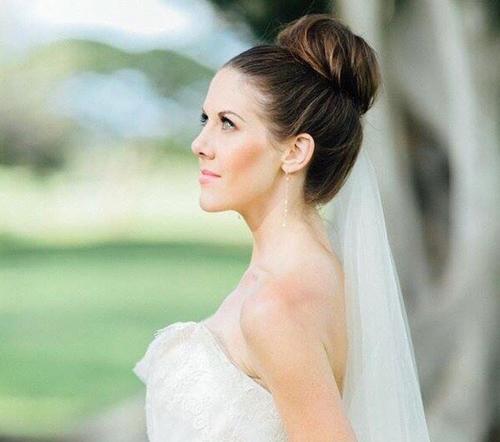 High Bun Summer Wedding Hairstyle