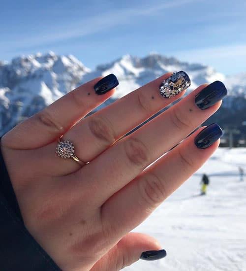 Superb Winter Nail Art