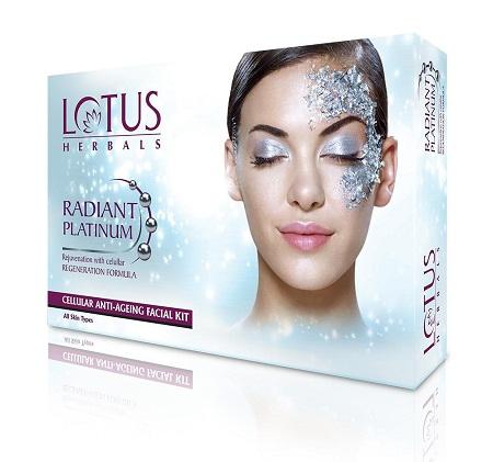 Lotus Herbals Radiant Platinum Cellular Anti-Ageing Facial Pack