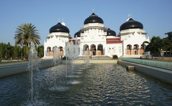 baiturrahman-grand-mosque_indonesia-tourist-places
