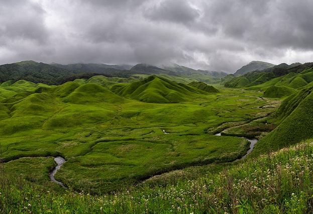 dzukou-valley_nagaland-tourist-places