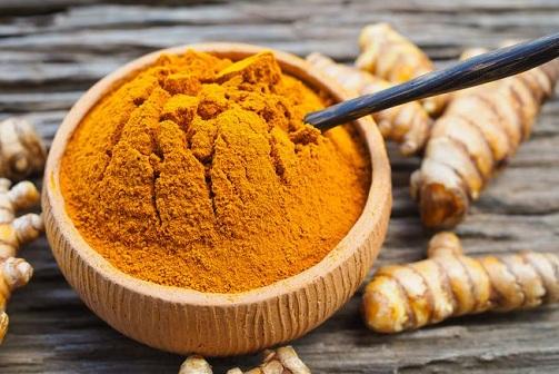 Effective Turmeric Powder Remedy of Heat Boils on Face