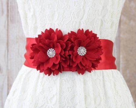 red-flower-belt