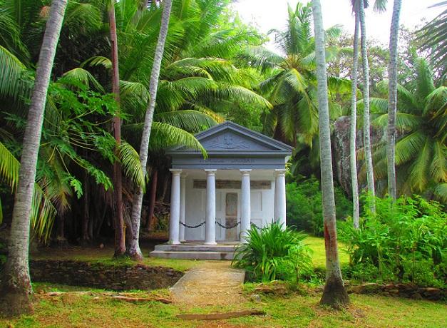 dauban-mausoleum_seychelles-tourist-places