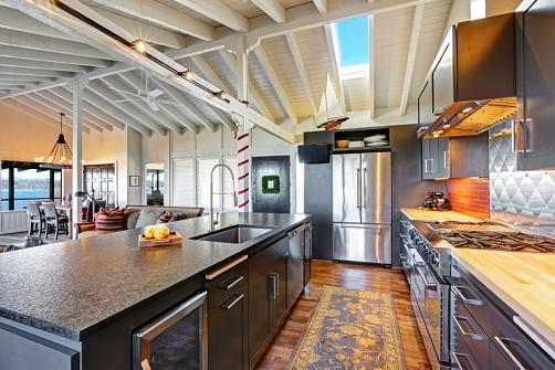 A Spacious Open Kitchen Design