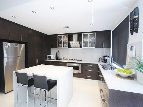 Black and White Style U Shaped Kitchen