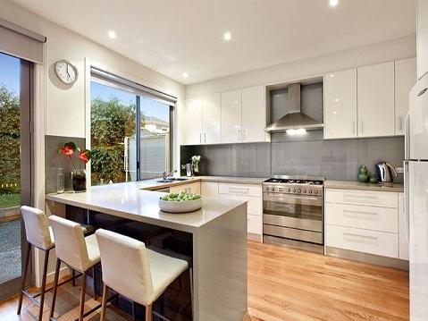 Open Concept U Shaped Kitchen
