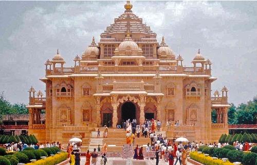9 Most Popular Hindu Temples In Ahmedabad