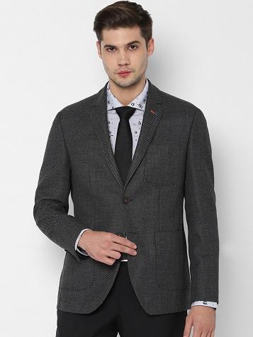 9 New Styles of Woolen Blazers for Men and Women in Trend