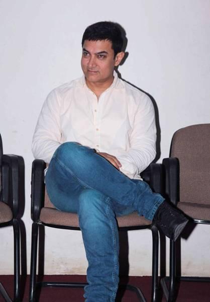 amir khan without makeup