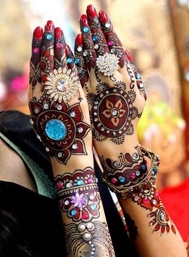 Multi Colored Mehendi Designs