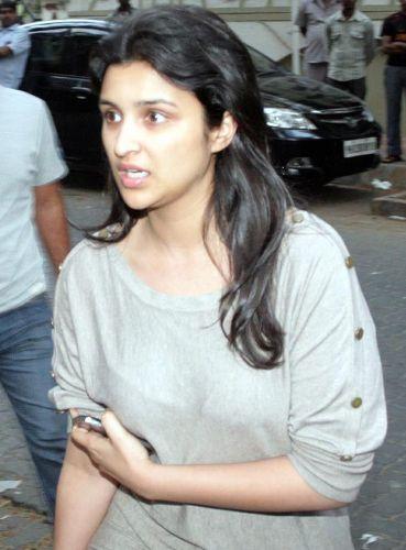 Parineeti Chopra without makeup 3