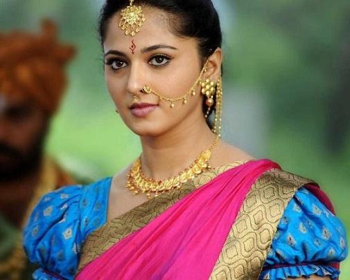 Anushka Shetty in Saree – 15 All-Time Beautiful Looks!