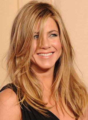 Hairstyles-by-Jennifer-Aniston-