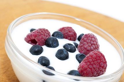 Diet Chart to Get Slim - Berry Yoghurt Delight