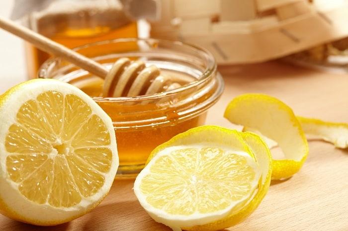Honey and Lemon for sore throat