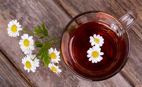chamomile-tea-to-control-hair-fall-problem