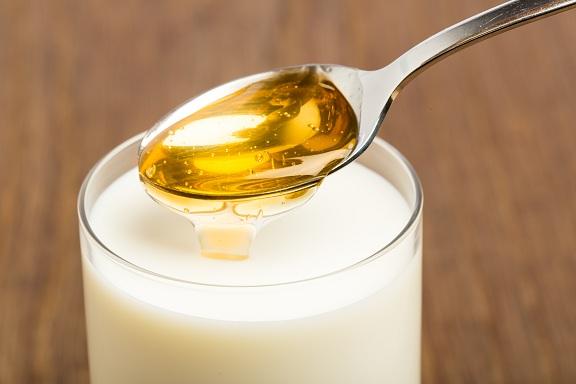 Homemade hair spa - milk and honey