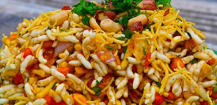 Famous street food in mumbai