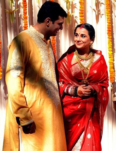 Stunning Looks of Vidya Balan in Saree Will Inspire You