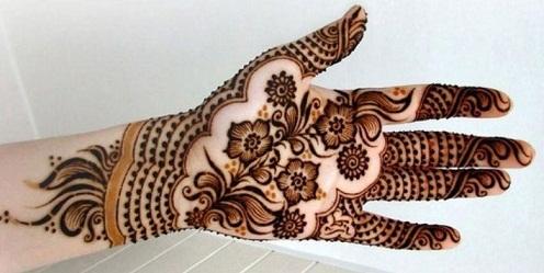 Khaleeji Mehndi Dot Design